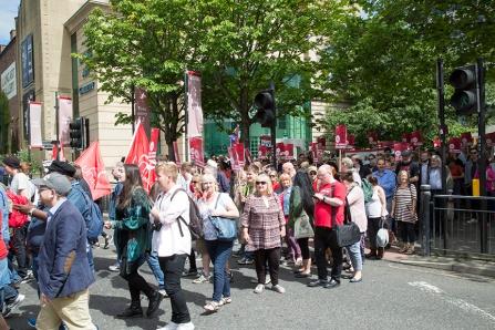 corbyn-rally-newcastle-16073144