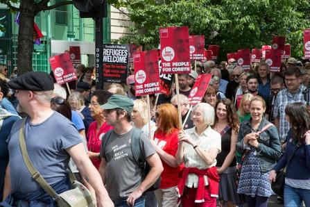 corbyn-rally-newcastle-16073154