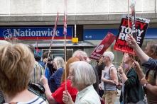 corbyn-rally-newcastle-16073174