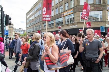 corbyn-rally-newcastle-16073193