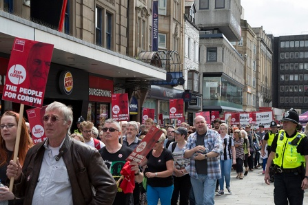 corbyn-rally-newcastle-16073207