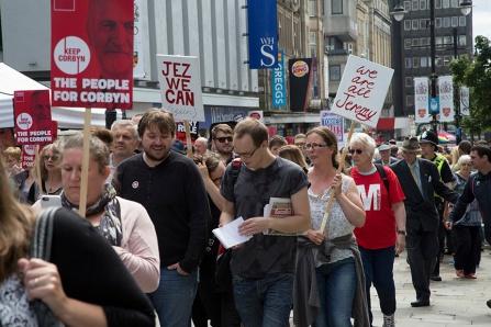 corbyn-rally-newcastle-16073215