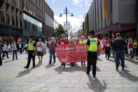 corbyn-rally-newcastle-16073235