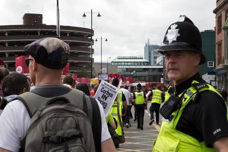 corbyn-rally-newcastle-16073286
