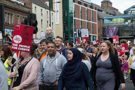 corbyn-rally-newcastle-16073317