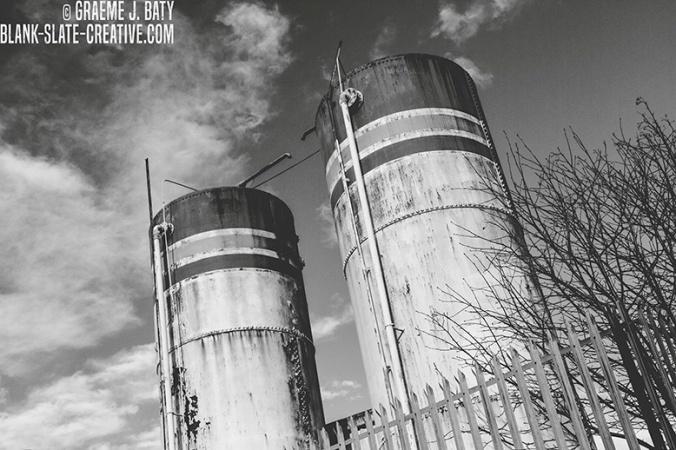 Newcastle black and white 20145648